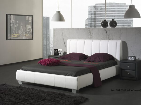 Bed 8560